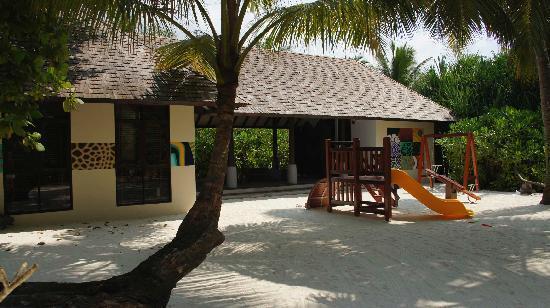 Anantara Kihavah Maldives Villas : kid's club