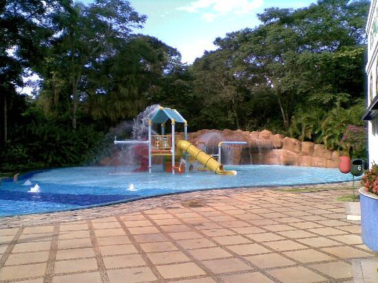 Bourbon Cataratas Convention & Spa Resort: Piscina Infantil