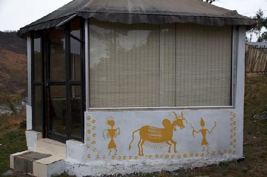 Niblic Greens: The glass hut at Niblic