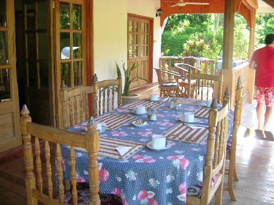 Casa De Leela: la veranda dove si pranza