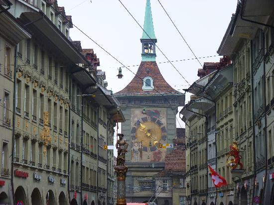 Bern, Switzerland: All at once- clock tower, fountain and beautiful buiding facades