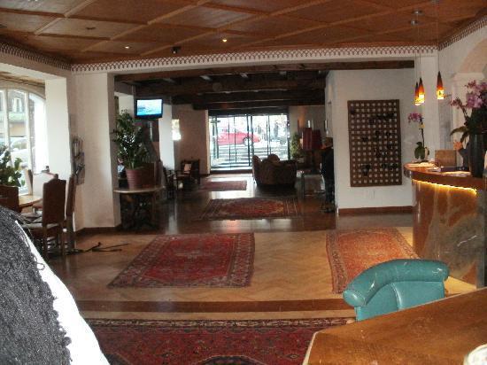 Hotel Lukashansl : The lobby