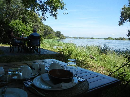 Matetsi Private Game Reserve: View from the breakfast table over the Zambezi River