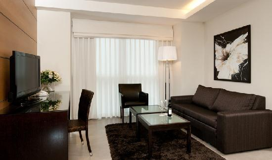 Vital Hotel: suite living room
