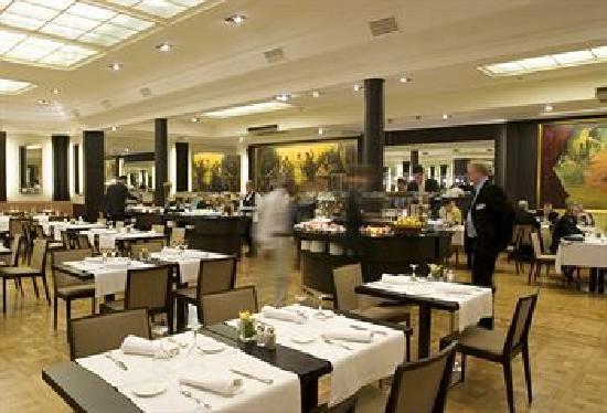 Hotel El Avenida Palace: Restaurant & Breakfast