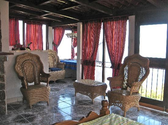 San Antonio Palopo, Gwatemala: the  King's suite