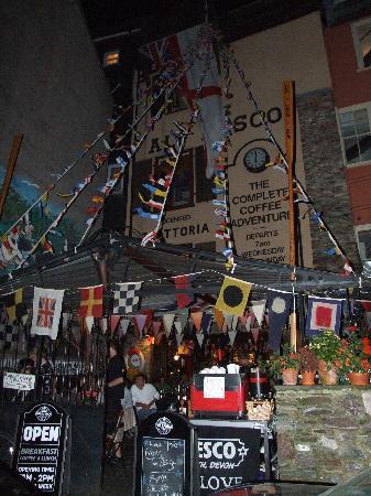 Cafe Alf Resco: Dartmouth Regatta at Alf's