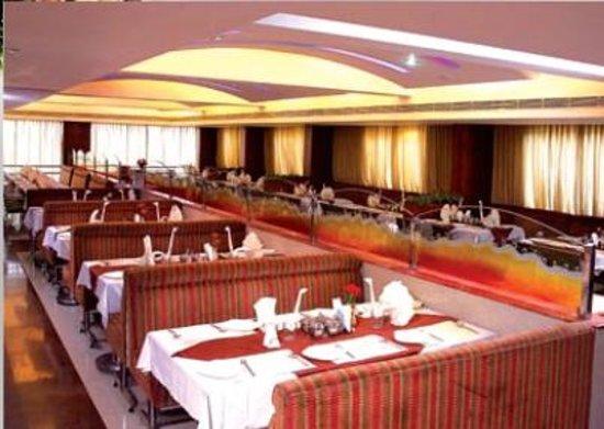 Deyor Red Star- ESI Hospital Road : Hotel Nandhini Indranagar