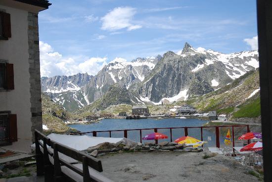 Great St. Bernard Pass (Col Du Grand St. Bernard): Laghetto