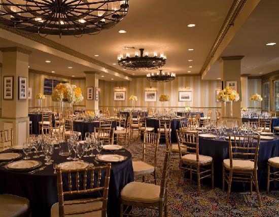 Newport Beach Hotel and Suites: Newport Room