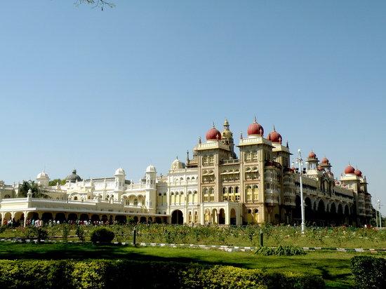 Karnataka State Tourism Development - Day Tours : Mysore Palace