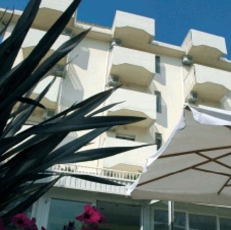 Hotel Orchidea: Hotel di giorno