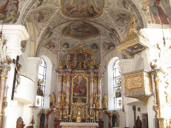 Waldrand: Inside the church at Scheffau
