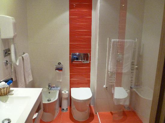 Hotel Benidorm Plaza : bathroom