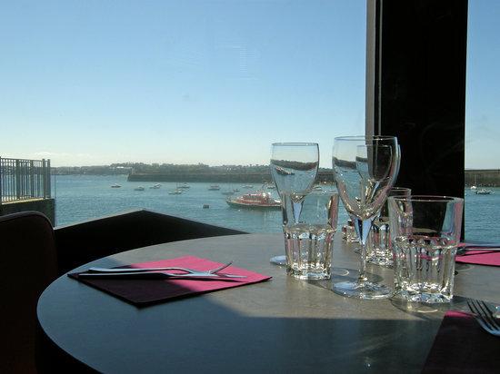 Restaurant Extra Muros : Vue mer depuis l'Extra Muros