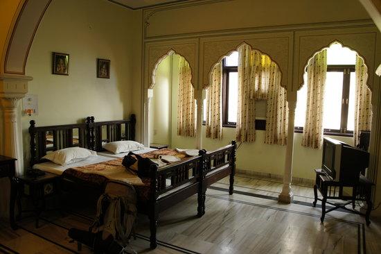 Krishna Palace: une de chambres de l'hôtel