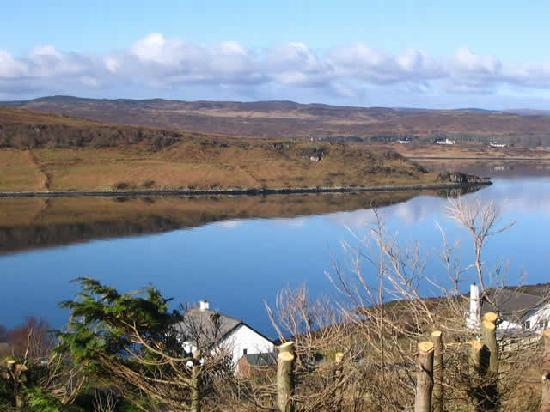 Caladh Guest House: Our Centre overlooking the majestic Loch Snizort