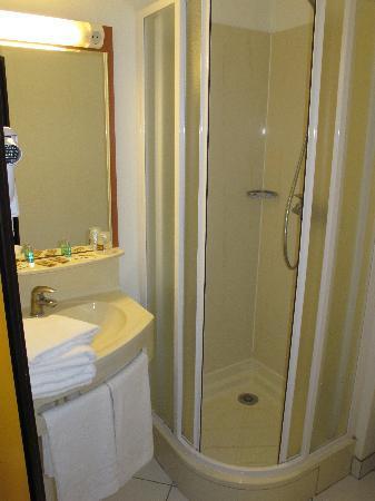 Hotel balladins Beauvais: Bathroom