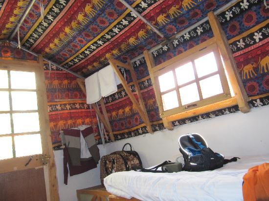 Alchi, India: interno stanza