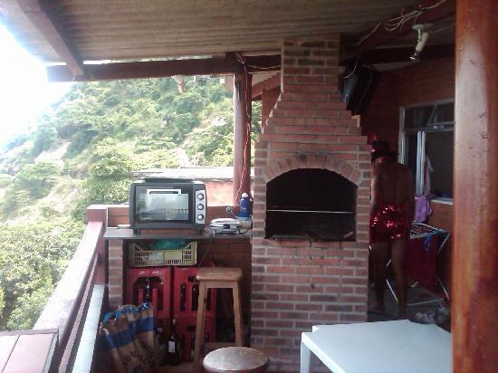 Vidigal Hostel Bar: La terraza... Magnifica. Para cenar, almorzar o desayunar