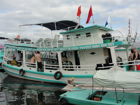 Duong Dong, เวียดนาม: Spacious Dive Boat