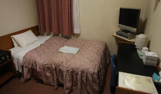 Hotel Econo Kanawaza Asper: ベッド