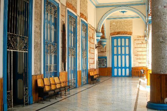 Sociedad Cultural Rosalia de Castro: Upper level where the restaurant is located