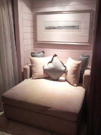 Mandarin Oriental, Hong Kong: ソファーがあるけどあんまり使いませんでした