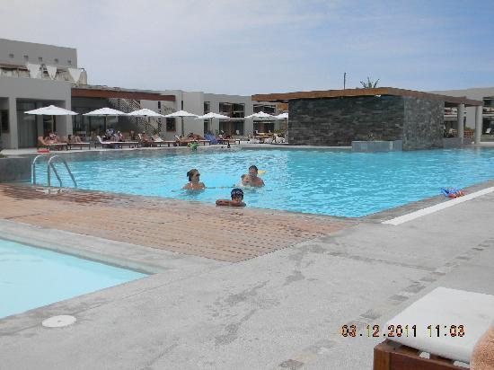 DoubleTree Resort by Hilton Hotel Paracas: Zona de piscinas