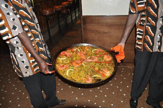 Hotel Ricardo : Paella Lunch on Sundays!