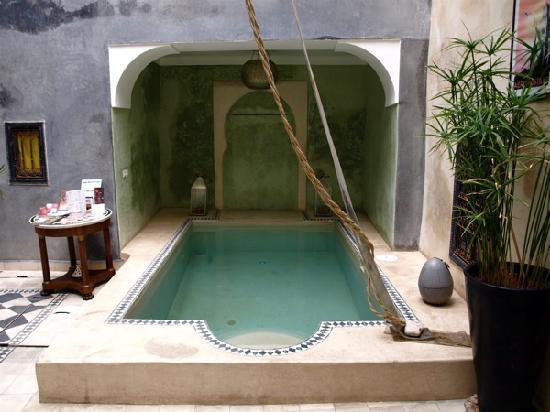 Riad Alamir: Riad interior 1