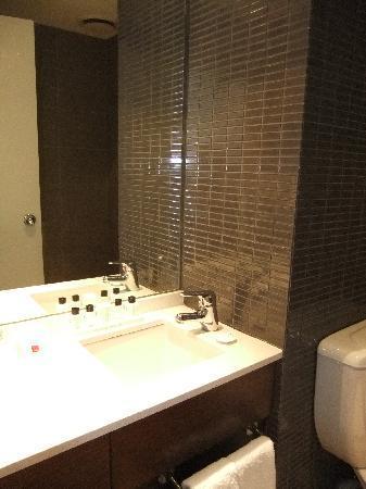 Rendezvous Hotel Melbourne: bathroom