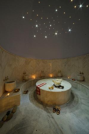 Hammam Baths : hot room