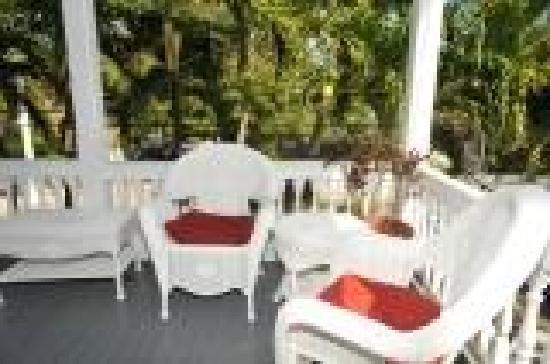 The Palms Hotel- Key West: Sitting area