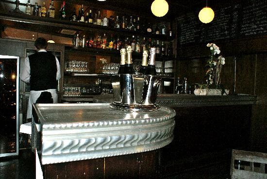 Chez Thérèse : le bar
