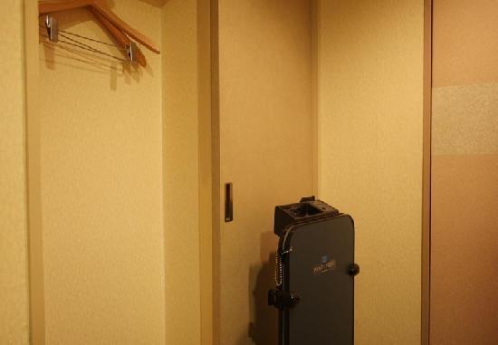 Sun Hotel Nagoya Nishiki : 室内側面