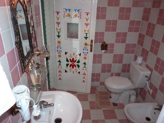 Le Petit Riad: Baño