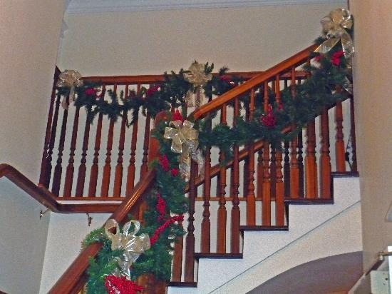 Gathering Place Bed and Breakfast : Staircase at Christmas