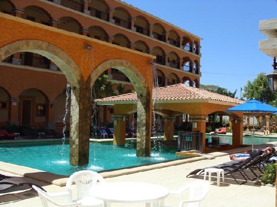 Marina Park Plaza Huatulco: Pool
