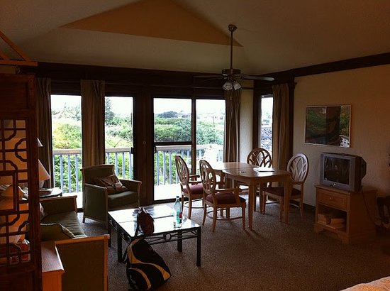 Garden Isle Cottages: A Room With A View