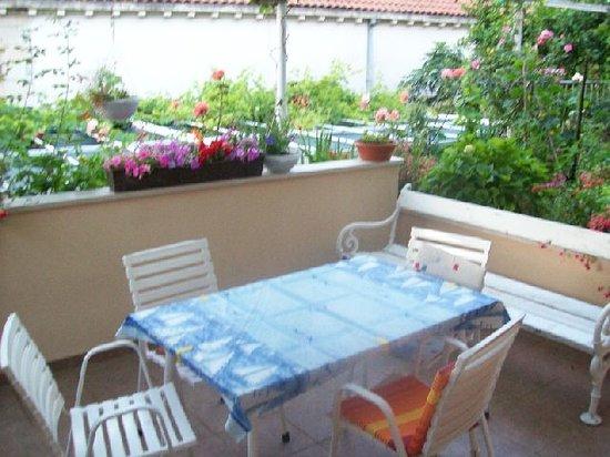 Anna Guesthouse : terrace