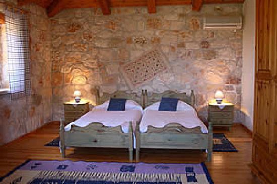 Armonia Houses: Villa Harris- sleepingroom