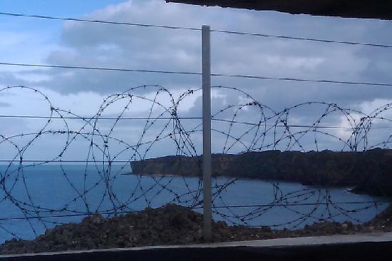 Plages du Débarquement de la Bataille de Normandie : You now need minimum one hour to tour Pointe du Hoc