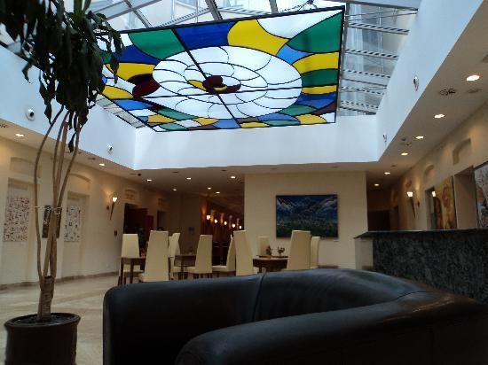 Alfa Hotel Fiesta: the Lobby