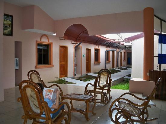 Hotel Brial Plaza: Vestíbulo