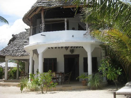 Mango Beach House: PRIVATE TERRACE AND ROOM