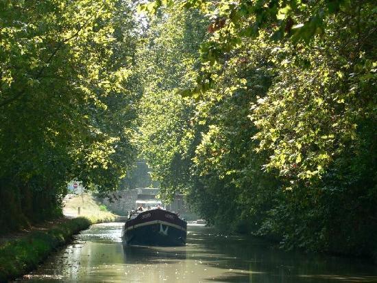 canal du midi taken as we slowly cruise