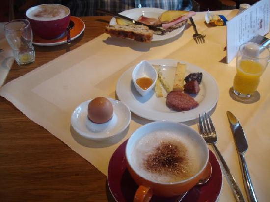 Hotel Sonne: Breakfast