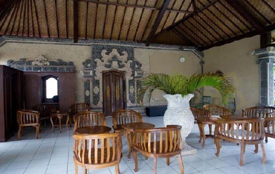 Taman Sari Cottage II: Restaurant