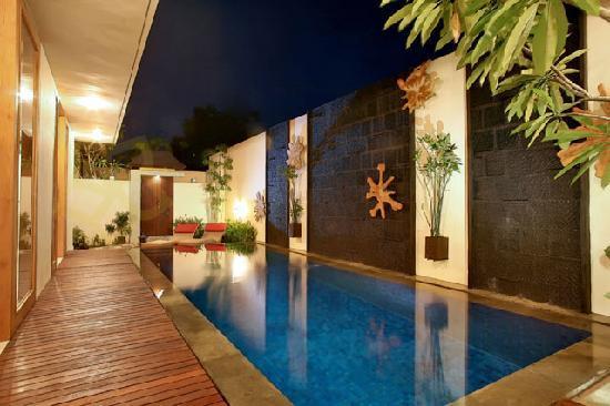 Villa Ben: Swimming Pool